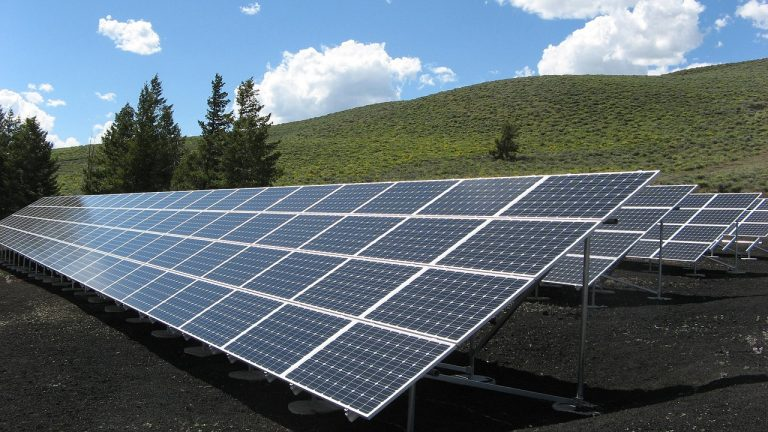 Crown Holdings Uses Solar To Provide 1 310 Mwh Per Year To Plant